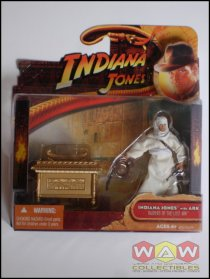 Indiana Jones With Ark - Raiders Of The Lost Ark